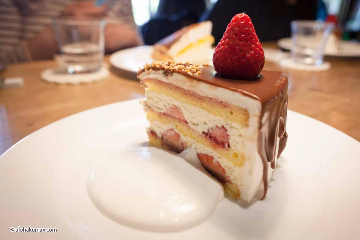ストロベリーショートケーキ チョコレートがけ